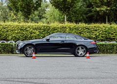 奔驰E300 轿跑车性能测试